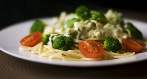 Cibi che lavorano meglio insieme: 4 abbinamenti alimentari perfetti